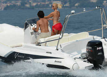 Rent a motorboat in Port of Pollensa - ZAR 68 MAKO