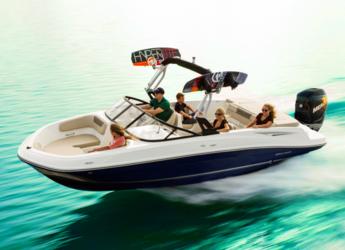 Chartern Sie motorboot in Port d´Alcudia/Port de Alcudiamar Marina - Bayliner VR6 OB