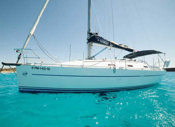 Rent a sailboat in Marina Botafoch - Harmony 34