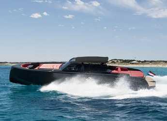Rent a yacht in Marina Ibiza - Vanquish VQ48