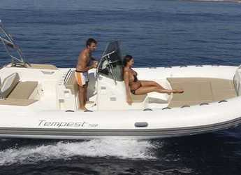 Rent a dinghy Capelli Tempest 700 lux in Port d'andratx, Andratx