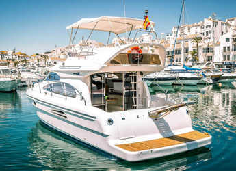 Rent a yacht in Puerto Banús - Astondoa 40 Fly