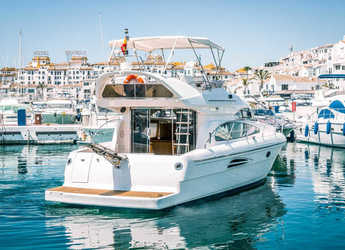 Rent a yacht Astondoa 40 Fly in Puerto Banús, Marbella