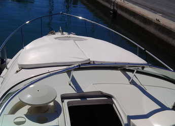 Rent a motorboat Monterey 262 Cruiser in Puerto Banús, Marbella