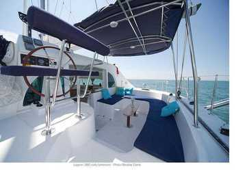 Alquilar catamarán Lagoon 380 (plus) en Estepona, Málaga