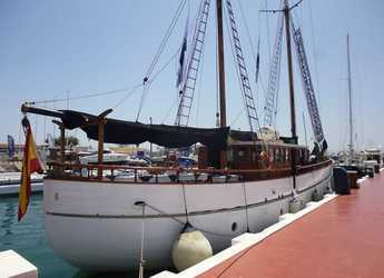 Rent a schooner Goleta Escocesa in Puerto Banús, Marbella