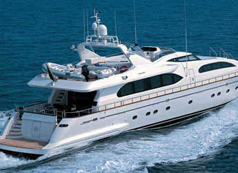 Rent a yacht in Puerto Banús - Falcon 102