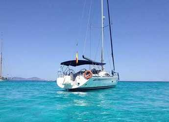 Rent a sailboat in Port of Fornells - Bavaria 50