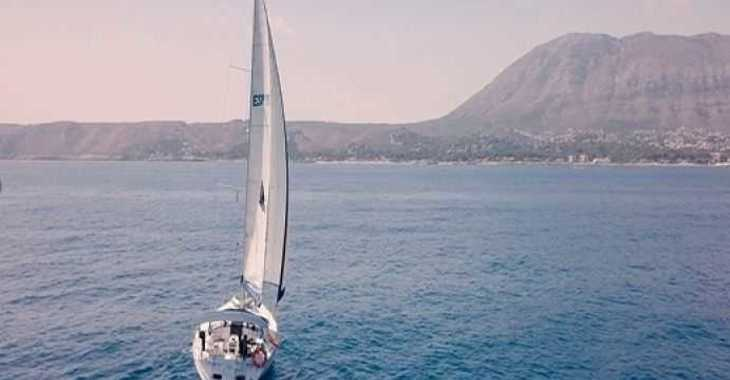 Rent a sailboat in Marina el Portet de Denia - Dufour Gibsea 43