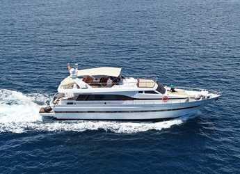 Rent a yacht in Marina Botafoch - Akhir 23