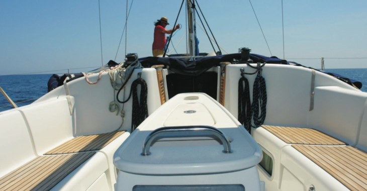 Rent a sailboat in S'Estanyol - Beneteau cyclades 39.3