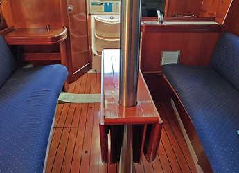 Alquilar velero Oceanis 311 en Club Nàutic Estartit, Girona