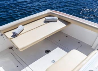 Rent a motorboat Faeton Moraga 780 in Marina Ibiza, Ibiza (city)