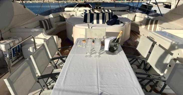 Chartern Sie yacht in Marina de Dénia - Astondoa 90