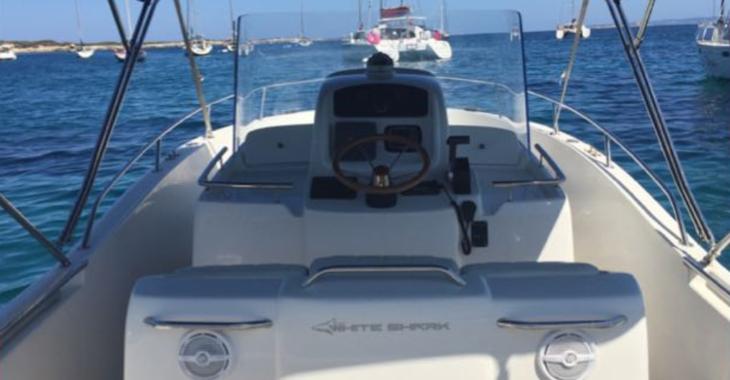 Rent a motorboat in Platja de ses salines - White shark 265