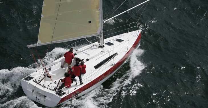 Alquilar velero Sun Fast 32 I en Le port de la Trinité-sur-Mer, La Trinité sur Mer