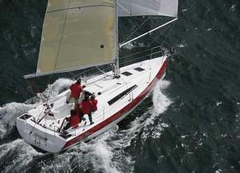 Chartern Sie segelboot in Le port de la Trinité-sur-Mer - Sun Fast 32 I