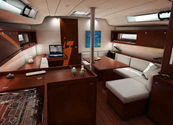 Rent a sailboat Oceanis 41.1 in Marina di Olbia, Olbia