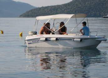Chartern Sie motorboot in Lefkas Nidri - Nhreys 4.4