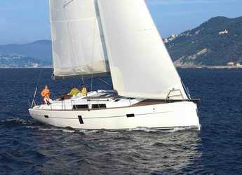 Rent a sailboat in Marina Kastela - Hanse 445/3