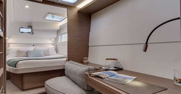Rent a catamaran in Marina Kornati - Lagoon 40