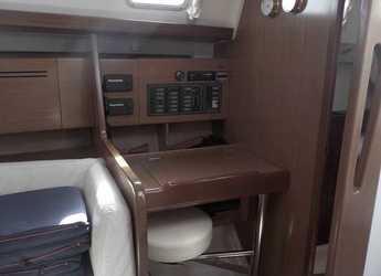 Chartern Sie segelboot Cyclades 43.4 in Port of Lefkada, Lefkas / Nidri