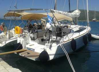 Rent a sailboat in Port of Lefkada - Sun Odyssey 349
