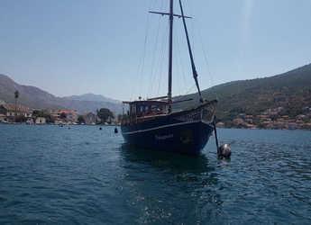 Rent a motorboat in Sportska lučica Zenta - Classsic dalmatian boat
