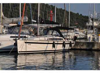 Rent a sailboat in Marina Frapa - Salona 38