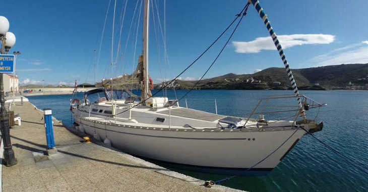Rent a sailboat in Mykonos - Atlantic 49[G]