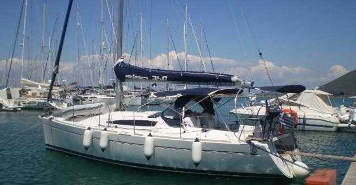 Rent a sailboat in Alimos Marina Kalamaki - Elan 340