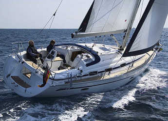 Rent a sailboat in Lefkas Nidri - Bavaria 39 Cruiser
