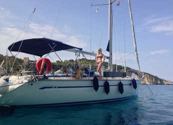 Rent a sailboat in Marina Gouvia - Bavaria 47