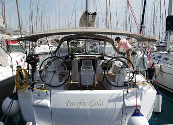 Rent a sailboat in Alimos Marina Kalamaki - Sun Odyssey 479