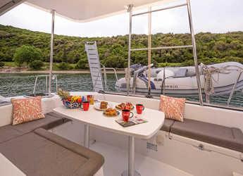 Chartern Sie katamaran Lagoon 380 in Preveza Marina, Preveza