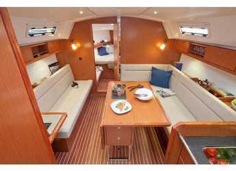 Alquilar velero Bavaria Cruiser 36 en Marina Gouvia, Corfú