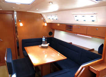 Alquilar velero Bavaria Cruiser 40 en Marina Gouvia, Corfú