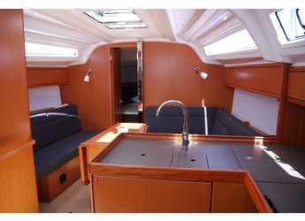 Alquilar velero Bavaria Cruiser 37 en Marina Gouvia, Corfú