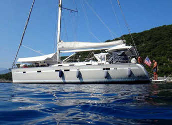 Rent a sailboat in Paros - Bavaria 55 Cruiser