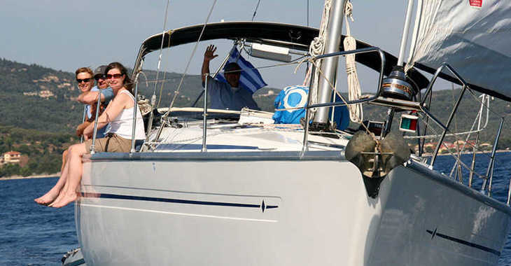 Rent a sailboat in Lefkas Nidri - Bavaria 41