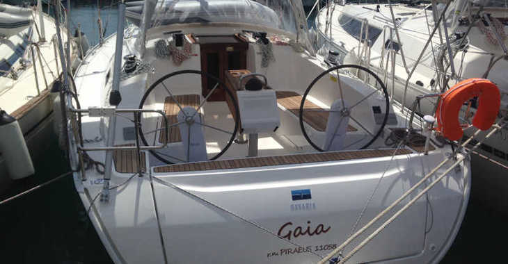 Rent a sailboat in Alimos Marina Kalamaki - Bavaria Cruiser 41