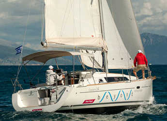 Rent a sailboat in Lefkas Nidri - Oceanis 34