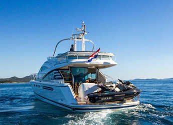 Rent a yacht in Split (ACI Marina) - Fairline Squadron 58