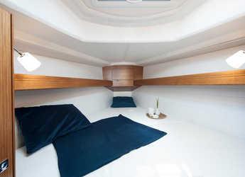 Rent a sailboat Bavaria Cruiser 33 in Zaton Marina, Zaton