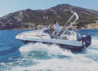 Rent a motorboat in Club Nautico de Altea  - Jeanneau Cap Camarat 5.5