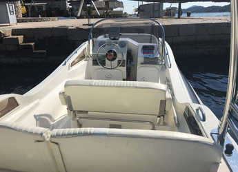 Rent a motorboat Zar 57 WD in Yacht kikötő - Tribunj, Tribunj