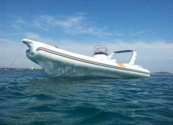 Chartern Sie motorboot in Yacht kikötő - Tribunj - Bat 745 FB
