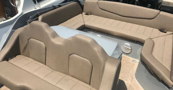 Stupendous Rent A Motorboat With A Capacity Of 10 Persons In Marina Kornati Ref17302 Machost Co Dining Chair Design Ideas Machostcouk