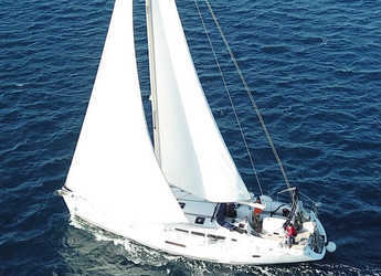 Chartern Sie segelboot in Port Lavrion - Sun Odyssey 49i