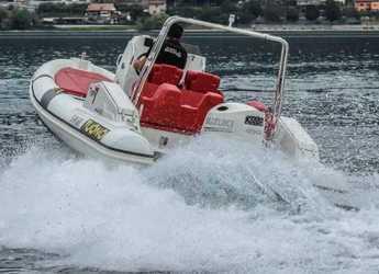 Chartern Sie schlauch-/beiboot Tuono 7 Avant L in Cala Nova, Palma de mallorca